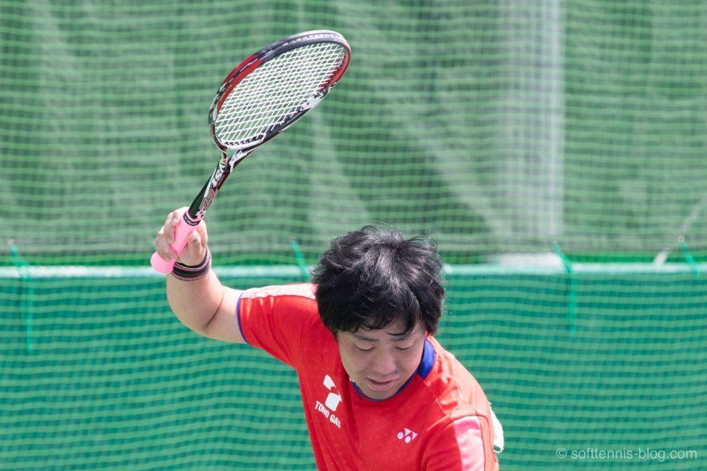 小栗選手の使用ソフトテニスラケット(2019年)