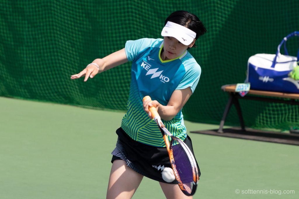 芝崎選手の使用ソフトテニスラケット(2019年)