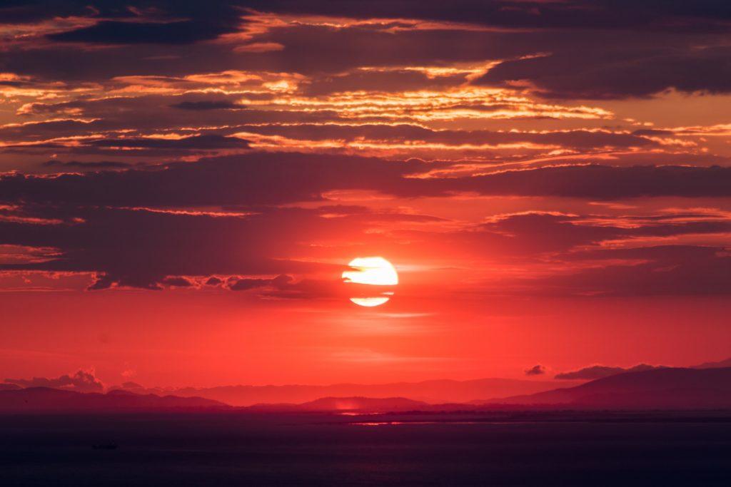 日没の画像