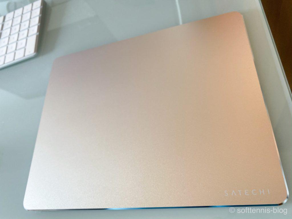Satechi アルミニウム マウスパッドの画像