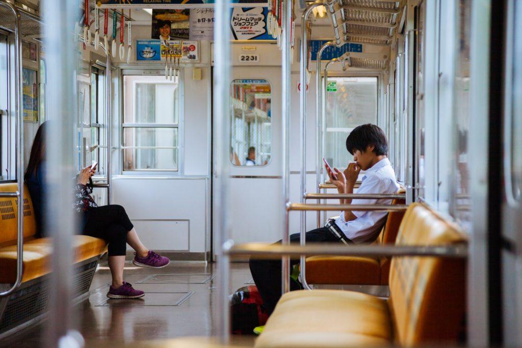 電車の画像